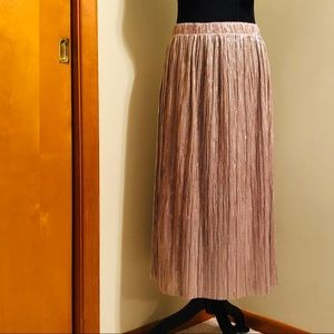 Vince Camuto • Pleated Rose Gold Midi Skirt